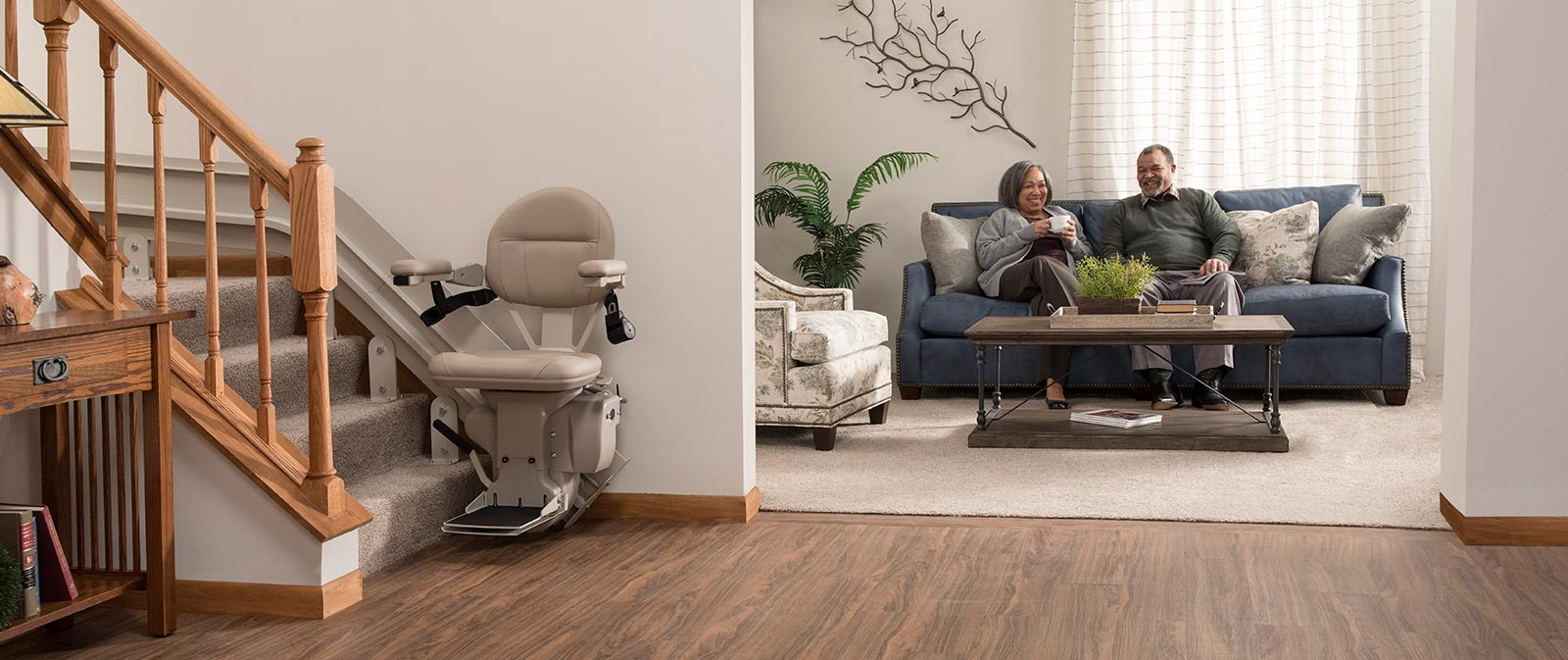 bruno cre2100 custom curved stairlift