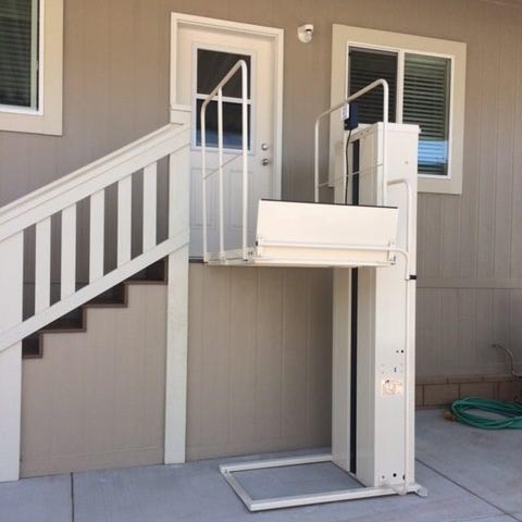 San Francisco Stair Lifts, MacsLift PL-72 Porch Lift